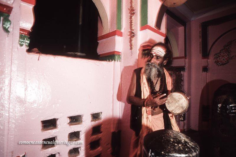 sadhus en india hombres santos fotos_foto_miguel angel munoz romero_006