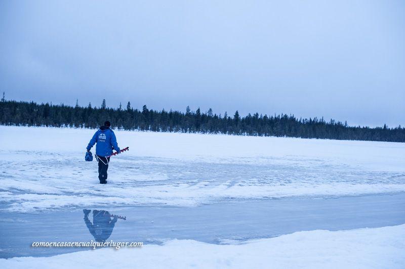 Hacer agujero para pescar en hielo que hacer en rovaniemi