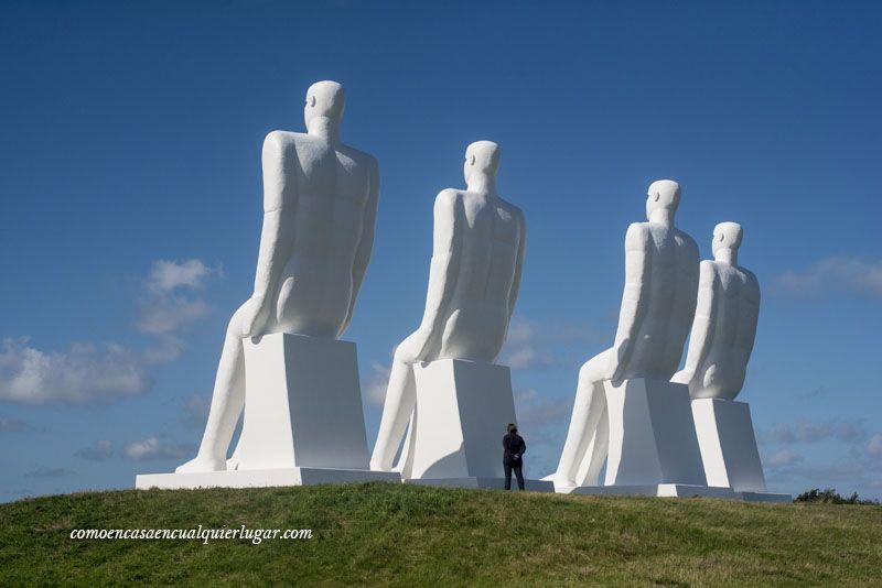 el hombre encuentra el mar en Esbjerg Dinamarca Svend Wiig_foto_Miguel Angel Munoz Romero_007