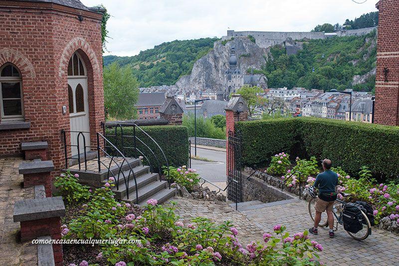 que ver en Valonia Dinant Bélgica
