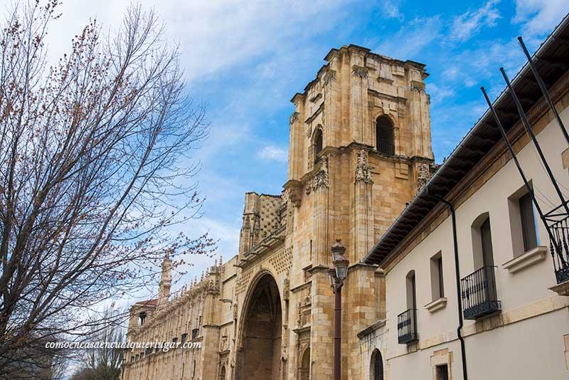 Iglesia y Convento de San Marcos