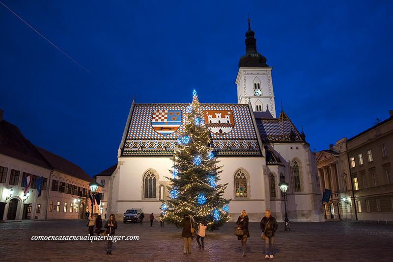 Croacia en Navidad iglesia san marcos zagreb